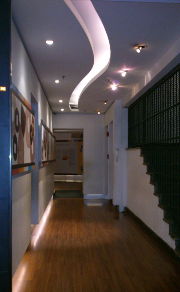 Suka banget sama koridor menuju ruang penyimpanan emas batanga.
