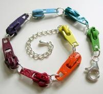 rainbow-vintage-zipper-slide-bracelet