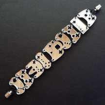 xgame-controller-bracelets.jpeg.pagespeed.ic.1aJGa4Jj-W